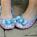 DIY Glitter Shoes – For The Little Girl Who Loves To Sparkle