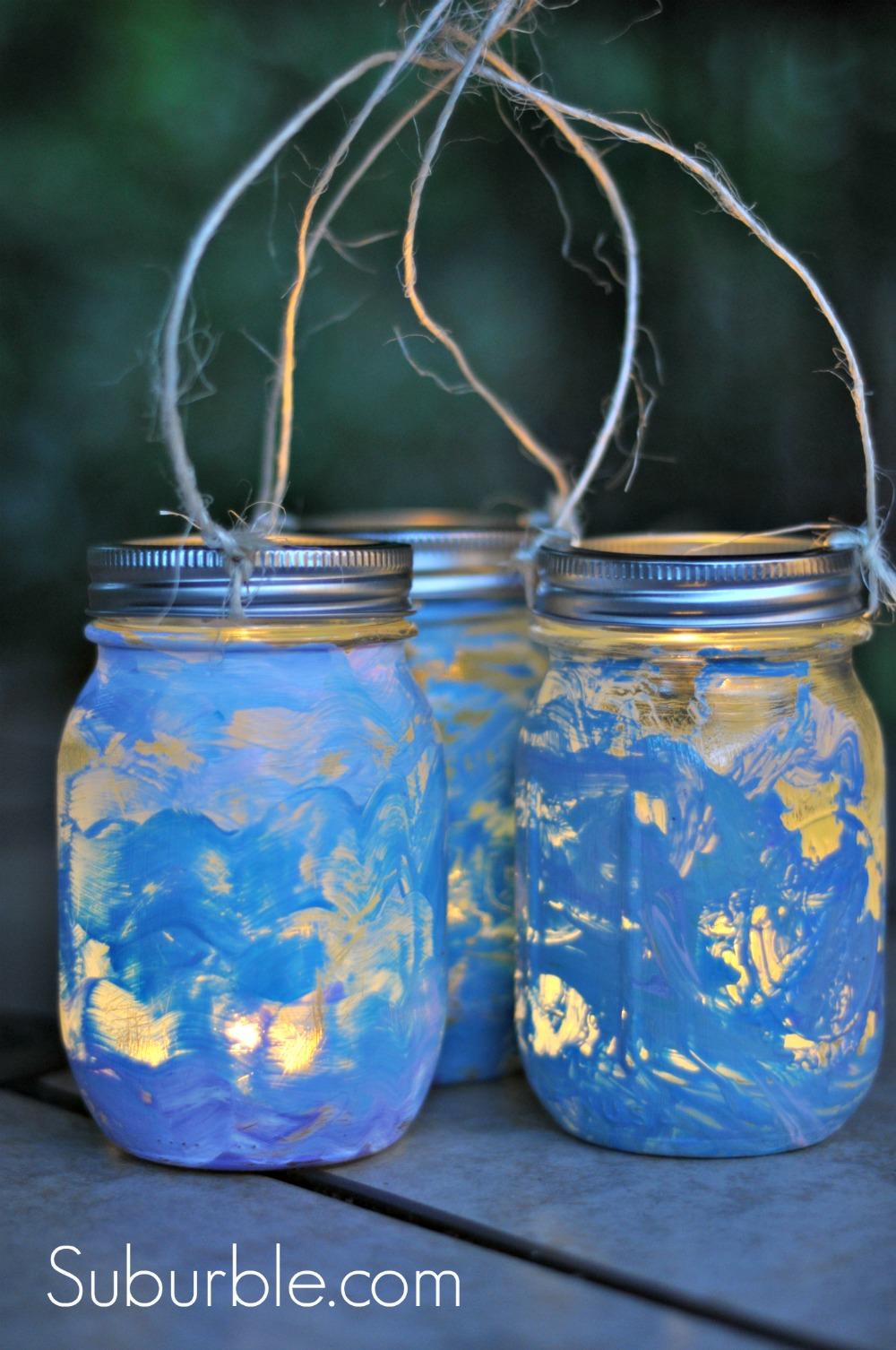 Crafty kids diy mason jar lanterns suburble for Diy lantern lights