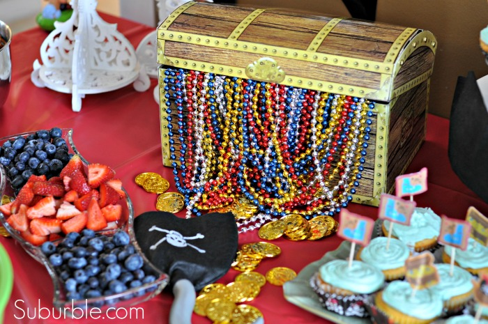 dollar store centerpiece ideas 30 incredible pirate party ideas suburble