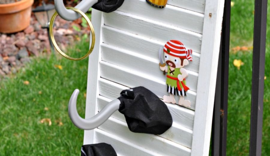 Pirate Party Games: Captain Hook's Ring Toss!