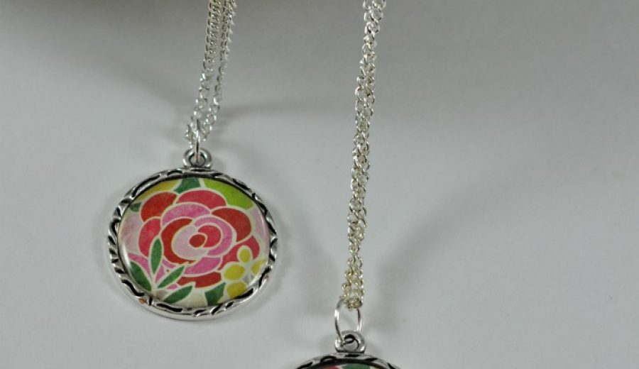 Easy DIY Pendant and Necklace