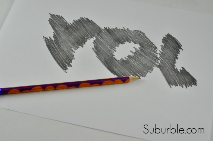 Joy String Art tutorial 4 - Suburble.com