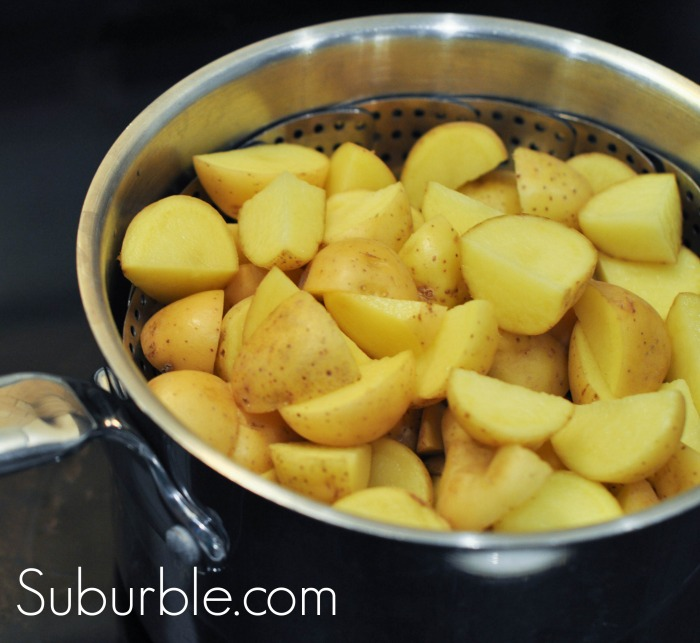 Steaming Potatoes for Warm Potato Salad - Suburble.com