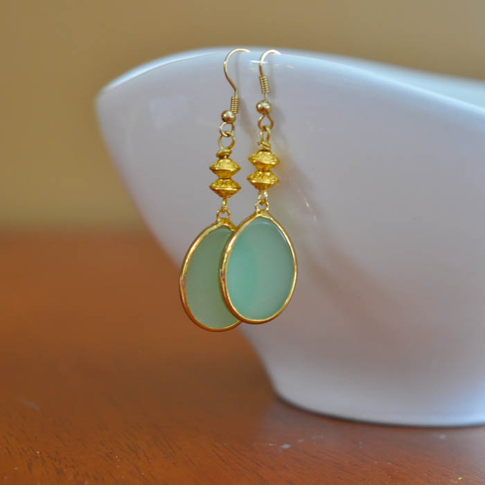 Gold and Green Drop Earring Tutorial - Suburble.com (1 of 1)