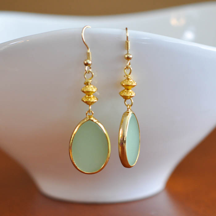 Green Teardrop Earring Tutorial -  Suburble.com (1 of 1)