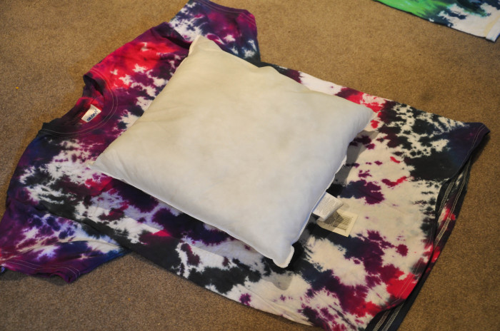 Tie-Dye Pillow Planning - Suburble.com (1 of 1)
