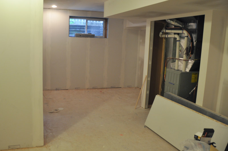 The Basement Project Using Smartwall Suburble