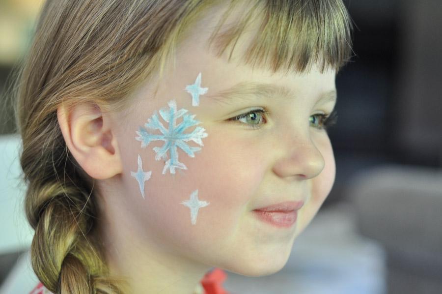 Snowflake Face Paint For Your Little Elsa