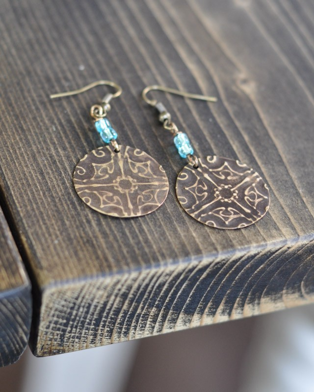 Filligree Embossed Earrings with Sizzix Vintaj -9