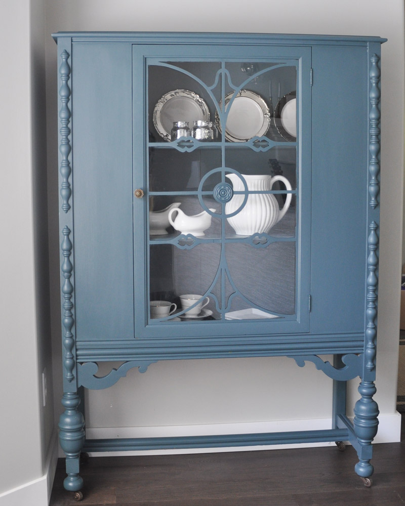 China Cabinet with Fusion Homestead Blue-4