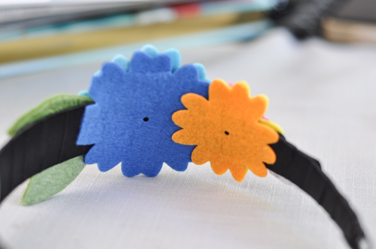 Felt Flower Headband Tutorial-9