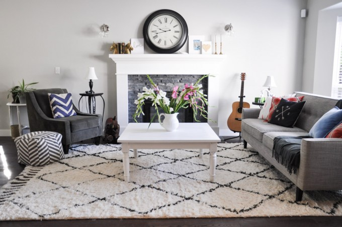 Painted Coffee Table with Fusion Casement-3