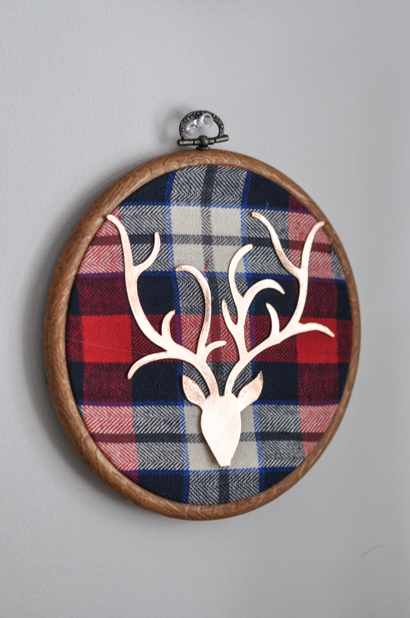 Deer Embroidery Hoop Christmas Wall Art With Sizzix-1-2