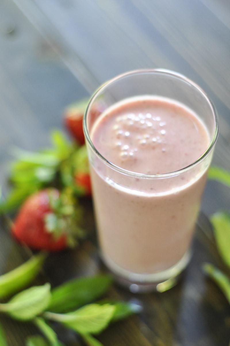 Mint Strawberry Smoothie-1-2
