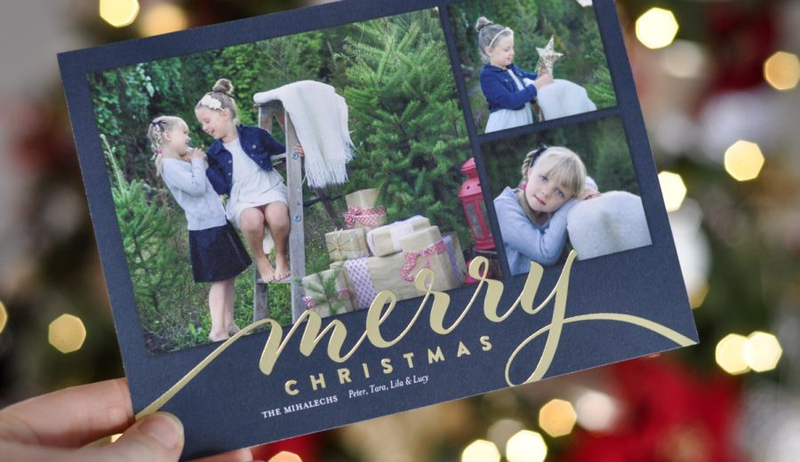 Snail Mail Forever!: Christmas Cards Live On For Another Year