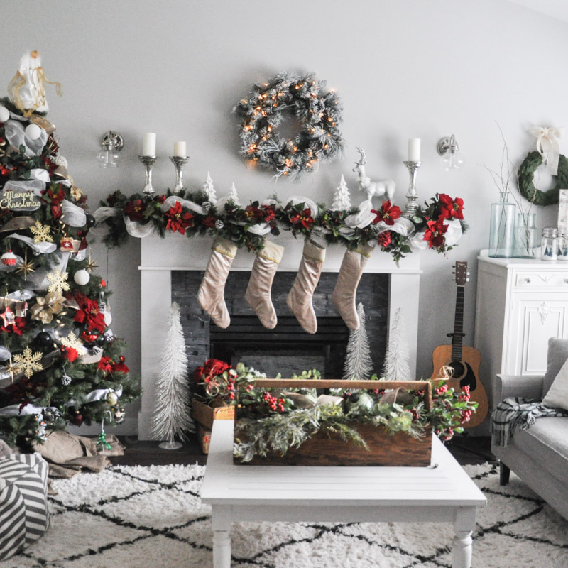 White Christmas Mantel Ideas: A White And Red Christmas Mantel