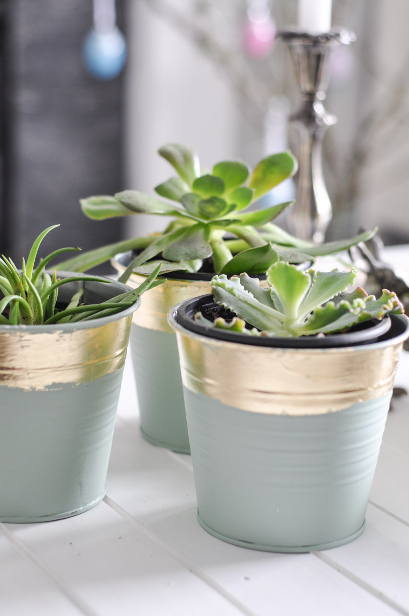 DIY Gold Leaf Planters For Spring-4