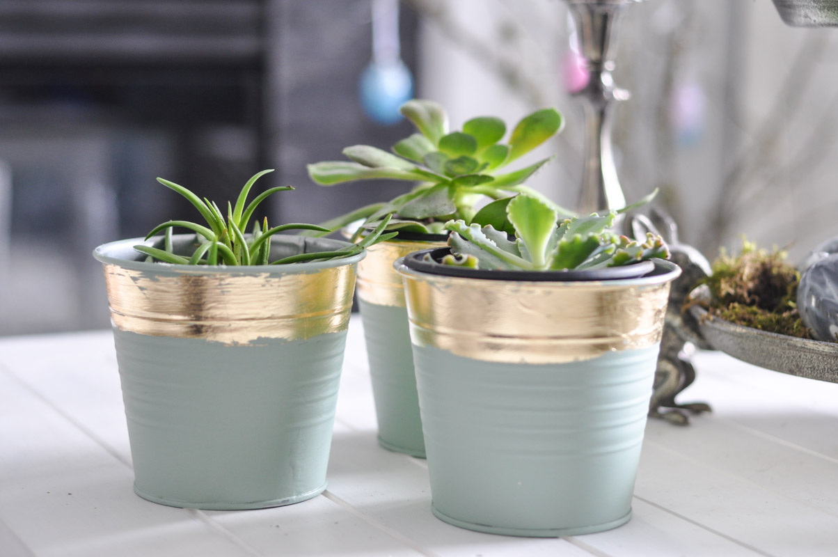 DIY Gold Leaf Planters For Spring-5