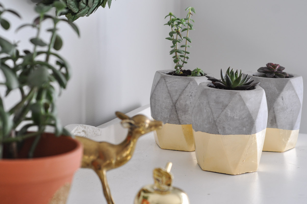Gold Dipped Geometric Planters-12