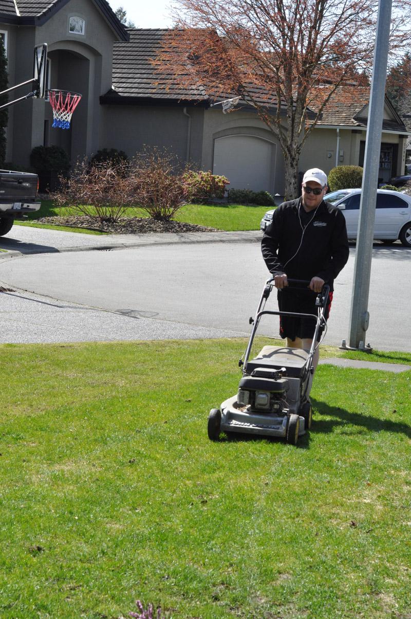 Scotts Lawn Response 911-1-2
