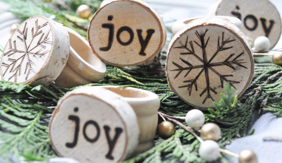 Holiday Wood Slice Napkin Rings