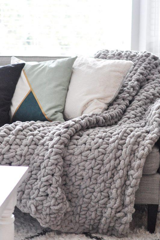 Crocheted Chunky Blanket 19